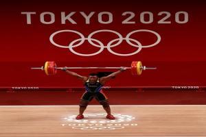 EN VIDEO: La Guaira de fiesta por la conquista olímpica de Julio Mayora en halterofilia