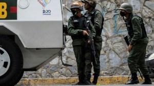 Life in the crossfire of Venezuela's slums