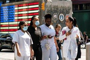 Confirmado: Nueva York exigirá a todos los trabajadores que se vacunen o se hagan pruebas semanales de Covid-19