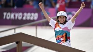 ¡Magistral! Con solo 13 años se llevó el oro en skateboard e hizo historia en Tokio 2020