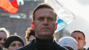 """Navalny acusa a Apple y a Google de haberse convertido en """"cómplices"""" de Putin"""