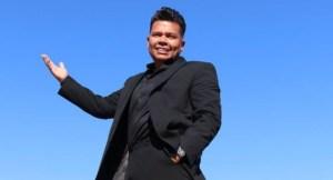"""No estás solo: Dwhight Molina lanzó su libro """"Así prospera un inmigrante"""""""